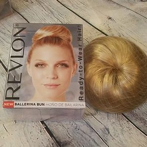 New Revlon Dark Blonde Ready to Wear Bun